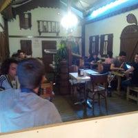 Foto scattata a cafe 46 da Bugra Ö. il 4/20/2014