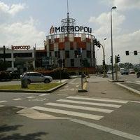 Via Carlo Amoretti 20026 Novate Milanese Milano.Centro Commerciale Metropoli 12 Tips