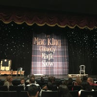 Foto diambil di The Mac King Comedy Magic Show oleh reigny pada 12/28/2017