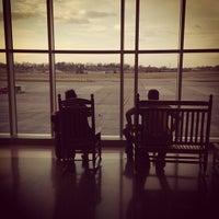 12/2/2012에 Pamela Y.님이 맥기 타이슨 공항 (TYS)에서 찍은 사진