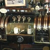Photo prise au McSorley's Old Ale House par Drew S. le4/3/2013