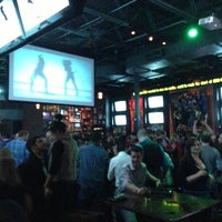 Снимок сделан в Wellman's Pub & Rooftop пользователем Joe H. 2/9/2013