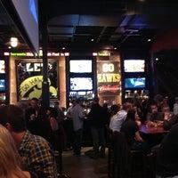 Снимок сделан в Wellman's Pub & Rooftop пользователем Joe H. 11/4/2012