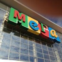 Foto diambil di MEGA Mall oleh Евгений В. pada 5/11/2013