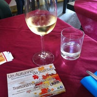 Foto tomada en Trattoria Ponte Vecchio por Alberto M. el 10/18/2014