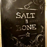 Foto scattata a Salt n Bone da Megan Allison il 1/6/2018