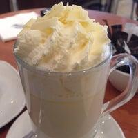 Снимок сделан в Butlers Chocolate Café пользователем Felipe Q. 9/6/2013