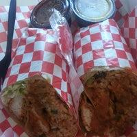 Das Foto wurde bei Jamburritos Cajun Grill Express von Jonquil W. am 7/11/2013 aufgenommen