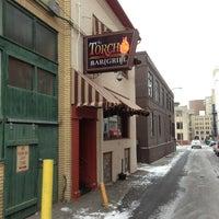 Photo prise au The Torch Bar and Grill par Kevin C. le2/1/2013