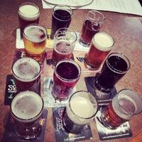 Photo prise au DuClaw Brewing Company par Daniel R. le9/23/2012