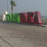 Foto scattata a Mavişehir da Pertev S. il 11/8/2013
