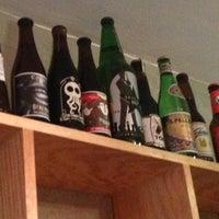 7/28/2013 tarihinde Edlanoy Z.ziyaretçi tarafından The Beer Company'de çekilen fotoğraf