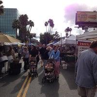 10/21/2012 tarihinde Jeremy M.ziyaretçi tarafından Studio City Farmers Market'de çekilen fotoğraf