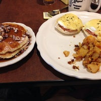 Снимок сделан в Original Pancake House пользователем Rudy G. 3/16/2014