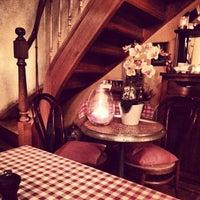 2/15/2013 tarihinde Yelyam E.ziyaretçi tarafından Friture René'de çekilen fotoğraf