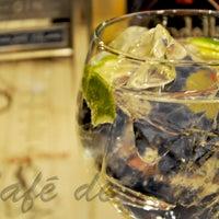 Снимок сделан в Café de Ruiz пользователем Café de Ruiz 12/13/2014