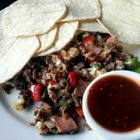 รูปภาพถ่ายที่ Salsa & Agave Mexican Grill โดย Dennis P. เมื่อ 1/30/2013