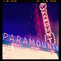 Das Foto wurde bei Paramount Theatre von Dave C. am 4/7/2013 aufgenommen