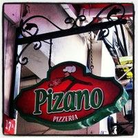6/23/2013 tarihinde BURCU Y.ziyaretçi tarafından Pizano Pizzeria'de çekilen fotoğraf