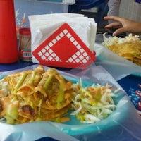 Foto tomada en Tacos Ana Original por Stephanie T. el 8/28/2015
