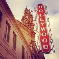Снимок сделан в Hollywood Theatre пользователем Olivia 3/22/2013