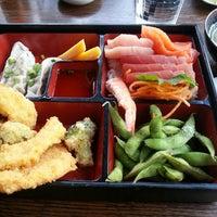 Das Foto wurde bei Sushi Rock von Inchul L. am 12/8/2015 aufgenommen
