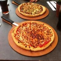 Pizza Hut Pizza Place In Binnenstad