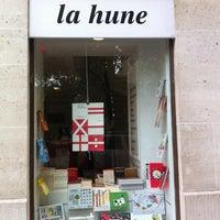 Foto tirada no(a) La Hune por Denis L. em 6/11/2013