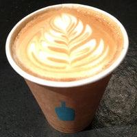 4/20/2013 tarihinde Masashi S.ziyaretçi tarafından Blue Bottle Coffee'de çekilen fotoğraf