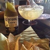 Снимок сделан в Tequilas Cantina and Grill пользователем Jodi O. 6/18/2013