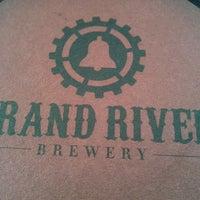 Foto tomada en Grand River Brewery por Melik B. el 6/30/2013