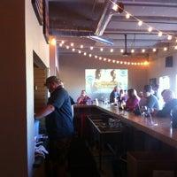 10/6/2013 tarihinde David M.ziyaretçi tarafından Red Leg Brewing Company'de çekilen fotoğraf