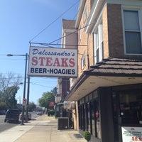 Das Foto wurde bei Dalessandro's Steaks and Hoagies von Michael C. am 5/5/2013 aufgenommen