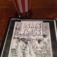 Das Foto wurde bei Bear's Place von Emily K. am 11/7/2014 aufgenommen