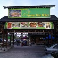 5/12/2013에 Ridzwan W.님이 Aroma Ikan Bakar에서 찍은 사진