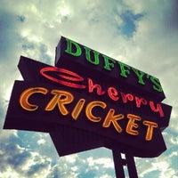 รูปภาพถ่ายที่ The Cherry Cricket โดย Jarrod P. เมื่อ 7/6/2012