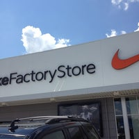 4aa0d8ff152423 ... Photo taken at Nike Factory Store by Miss Nellom on 9 7 2012 ...
