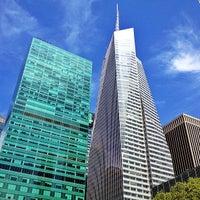 Foto tirada no(a) Bank of America Tower por A L E X em 5/10/2013