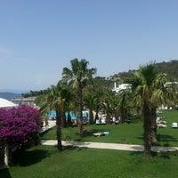 Das Foto wurde bei Samara Hotel von Arzu K. am 6/15/2013 aufgenommen