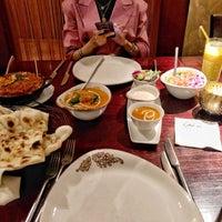 Foto tirada no(a) Asha's Contemporary Indian Cuisine por N S. em 9/14/2019
