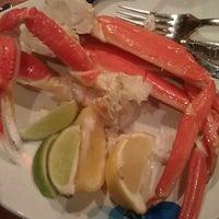 Das Foto wurde bei Village Seafood Buffet von Jamee A. am 2/7/2013 aufgenommen