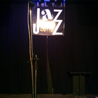 Foto scattata a Jazz Zone da Jose P. il 7/13/2013