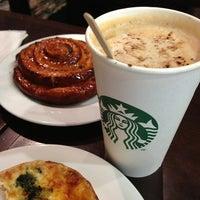 Снимок сделан в Starbucks пользователем Михаил К. 6/29/2013