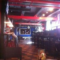 Foto scattata a Rossi's bar - Karaoke da Мила $ Л. il 7/4/2013