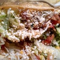 Foto tomada en Taco Fiesta por Joe el 7/31/2013