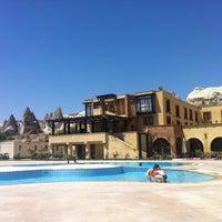 Photo prise au Tourist Hotels & Resorts Cappadocia par TC Erkan A. le7/6/2013
