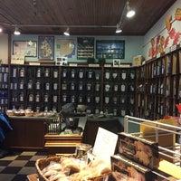 10/16/2016 tarihinde Japneet K.ziyaretçi tarafından Perennial Tea Room'de çekilen fotoğraf