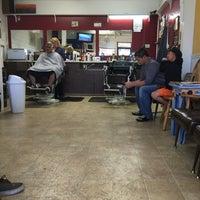 Photo prise au The Barber Shop par Andrew L. le11/28/2014