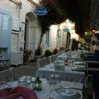 5/19/2013 tarihinde İdil R.ziyaretçi tarafından Karina Balık Restaurant'de çekilen fotoğraf