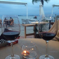 Foto scattata a Mancero Kitchen & Bar da Göz D. il 5/9/2014